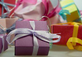 gift-444519_1920