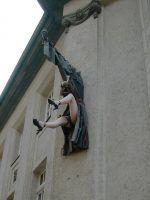 sculpture-247756_1920
