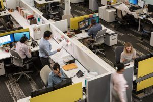 busy-workplace-lync-future polycom