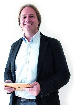 Peter Mayer ist Mitbegründer von VisoCon / eyeson und arbeitet als Head of Project Management für eyeson.