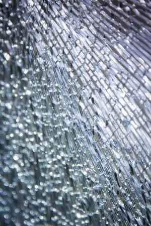 broken-glass-2208595_1920