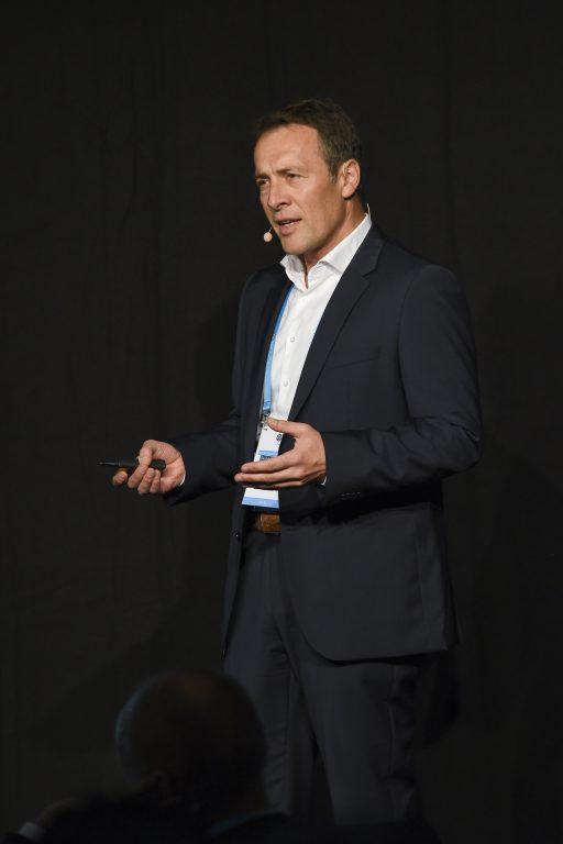 Markus Krammer, VP Products & New Business, stellt den neuen NFON-Kern vor und erläutert die Roadmap 2018.