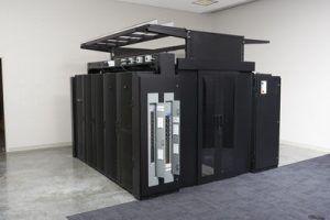 Flexibles Montage- und Einhausungssystem für Hyperscale-Rechenzentren