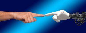 Führungskräfte sind uneins über die künftige Zusammenarbeit von Mensch und Maschine