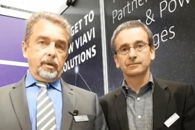 Rolf Heider, Director Sales Development bei Viavi, (links) und Thomas Friedrich, Beratung und Vertrieb bei Viavi (rechts)