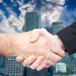 handshake-3198019_640
