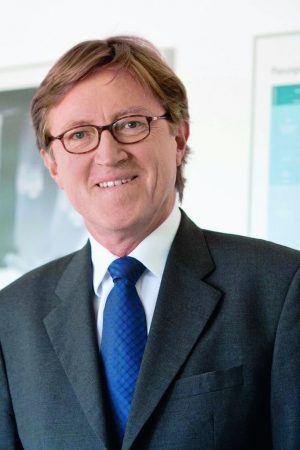 Staffan Revemann, Datacenter-Experte