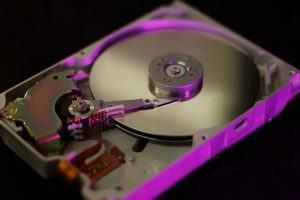 hard-disc-3319335_640