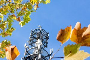 Mobilgeräte lassen sich via Fake-Basisstationen auch in 5G kapern