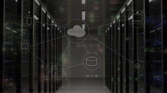 Edge-Computing mit skalierbarer Hybrid-Cloud kombiniert